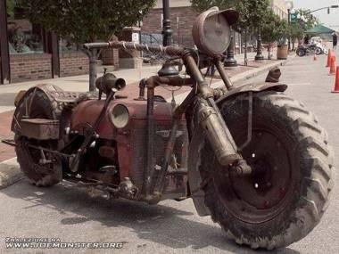 Motocykl z traktora