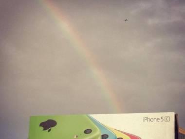 Tęcza znak od Boga, że trzeba kupić iPhone'a