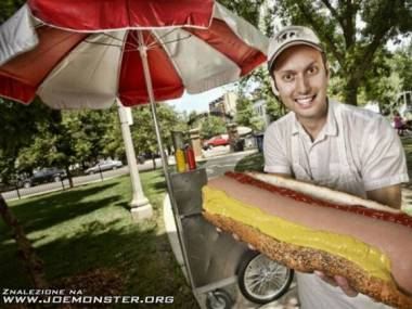 To jest dopiero mega hot-dog