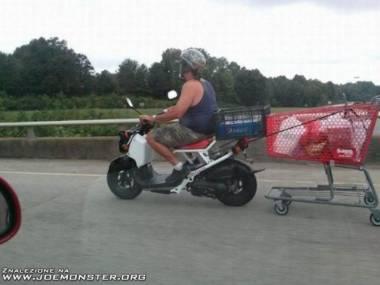 A mówili, że nie zabiorę się z zakupami na motorze