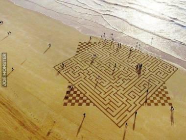 Labirynt na plaży