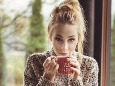 Ciepła kawa w zimny poranek