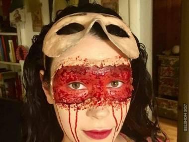 No to zdjęła maskę
