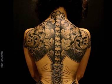 Efektowny tatuaż