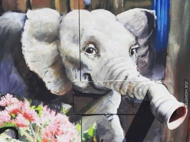 Słonik z trójwymiarową trąbą