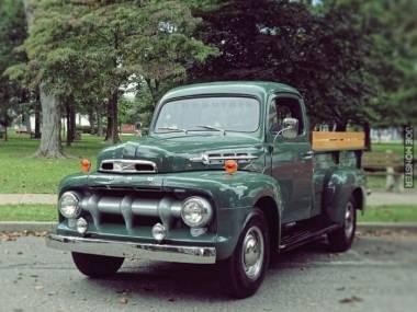Ford F2 Pickup z 1952 roku
