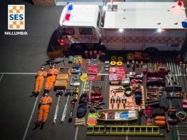 Co mieści się w standardowym wozie strażackim?