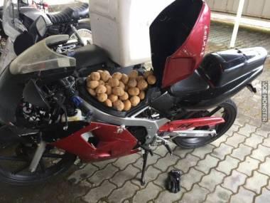 A mówili, że nie przewiozę ziemniaków na motorze