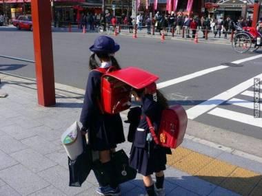 Trochę cienia dla młodszej siostry