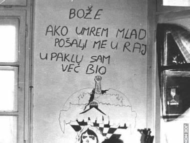 Boże, jeśli umrę młodo, wyślij mnie do nieba, w piekle już byłem-zrobione podczas oblężenia Vukovaru w okresie wojny w byłej Jugosławii