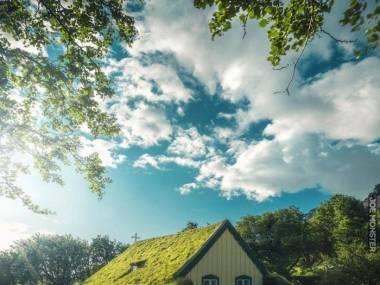 Piękny kościół na Islandii