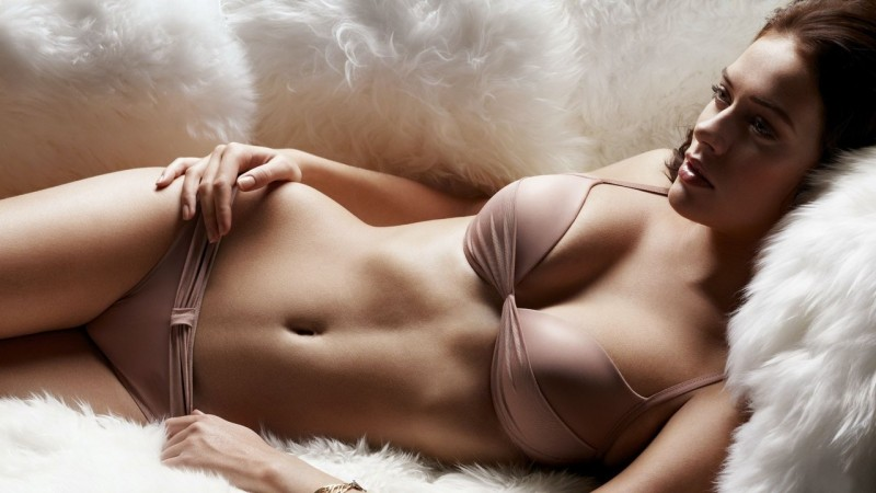 Skinny girl nude in public