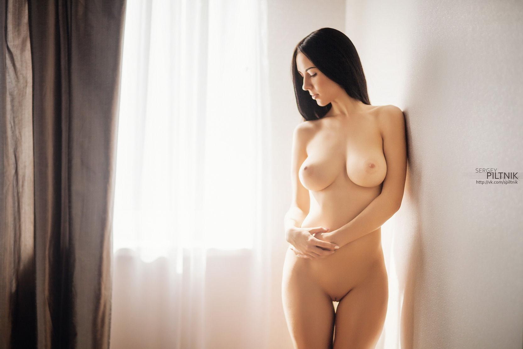 golie-krasotki-s-klassnimi-figurami-seks